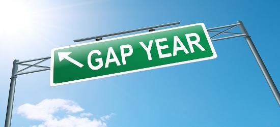 Choosing university or a gap year