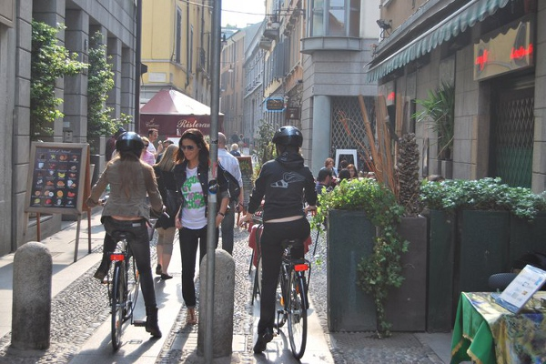 See Milan by bike