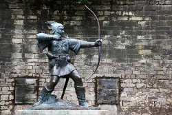 Robin Hood Statue