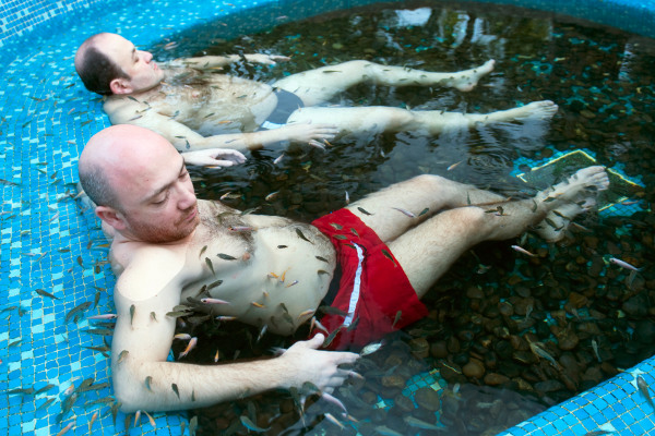 Weird spa treaments for Fish spa treatment
