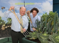 Jim Paice and Diarmuid Gavin officially open The Edible Garden Show