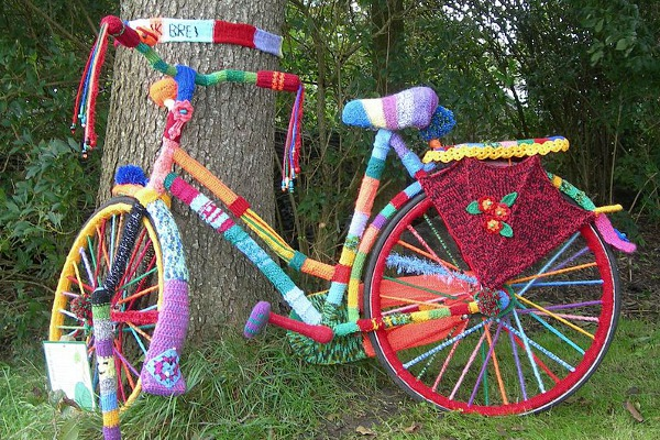 Yarn bombing bike
