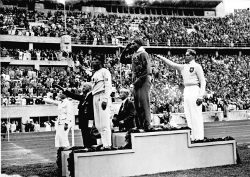 Jesse Owens beats Luz Long