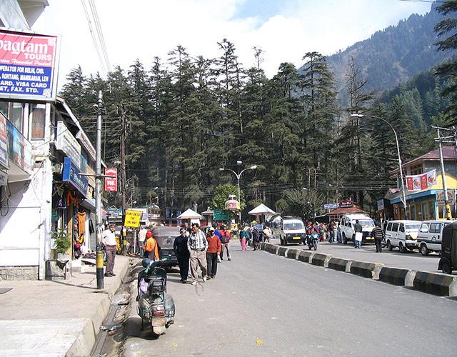 Mall Street Manali