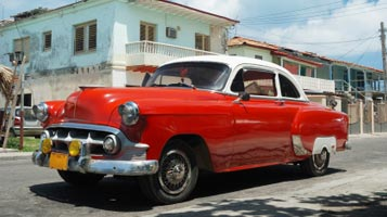 Cuba: Vintage Car