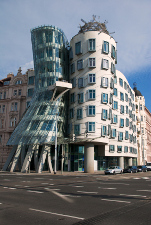 The peculiar dancing House in Prague