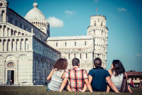 Travellers at Piza