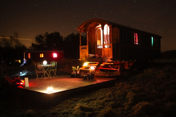 Gypsy caravan Roulotte Retreat