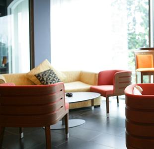 Enjoy an Airport Lounge